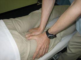 膝関節痛の治療:ほぐし.JPG