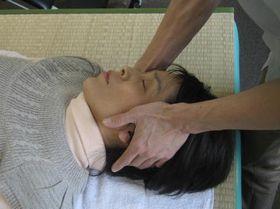 頭痛の治療:操体法.JPG