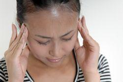 頭痛イメージ画像.jpg