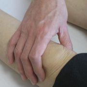 膝の触診.JPG