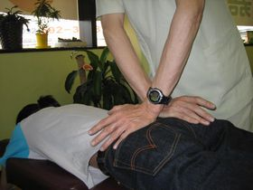 足の痛み・しびれの治療:カイロプラクティック.JPG